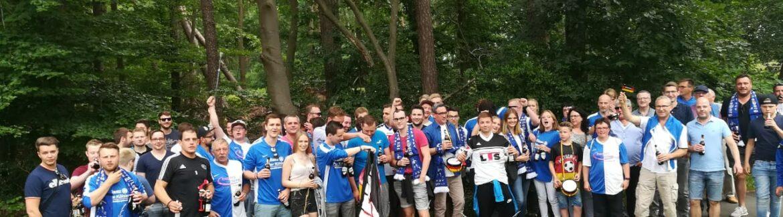 Gruppenbild der Fans